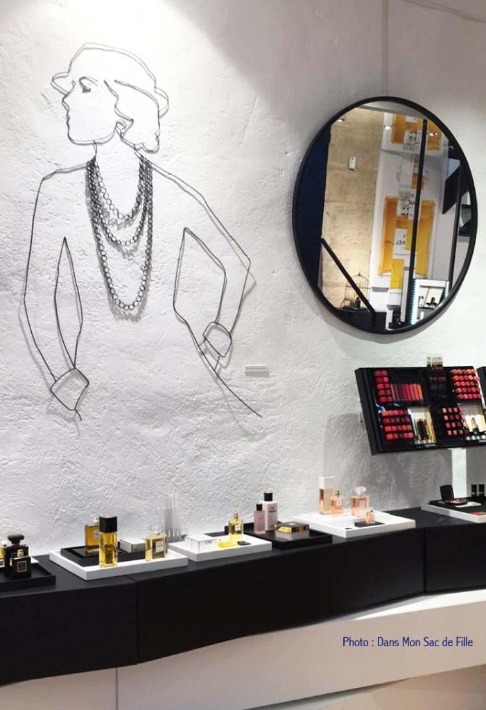 Chanel Beauté Rue des Francs Bourgeois Paris Marais