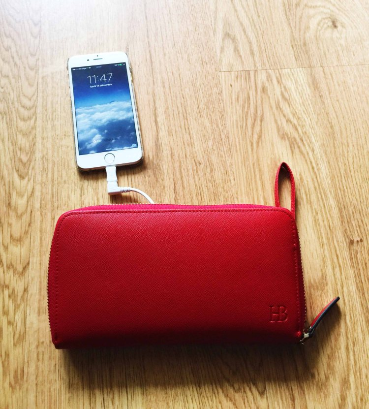 portefeuille Mighty Purse Wallet edition de HButler chargeur iphone smartphone