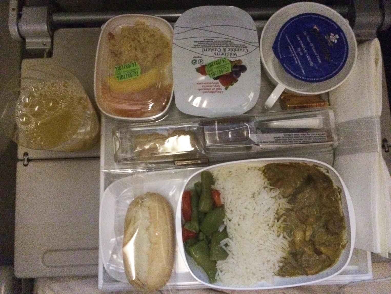Voyager avec emirates mon avis sur la compagnie a rienne dans mon sac de fille - Emirates airlines paris office ...