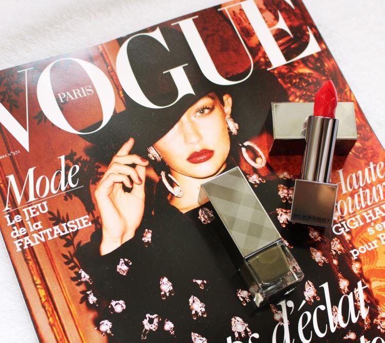 Burberry Makeup rouge à lèvres Burberry Kisses et vernis à ongles kaki vogue paris blog