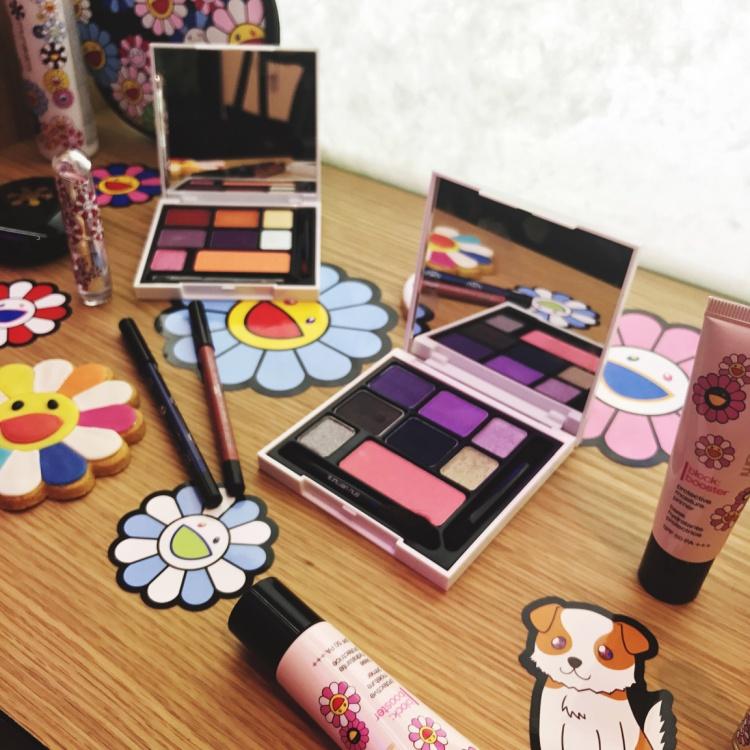 collection éphémère Shu Uemura X Murakami Cosmic Blossom avis blog palette yeux