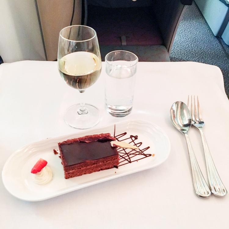 voyage en Business Emirates mon avis la classe affaire A380 blog dessert
